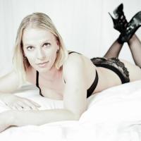 Diana_Deluxe_Hot