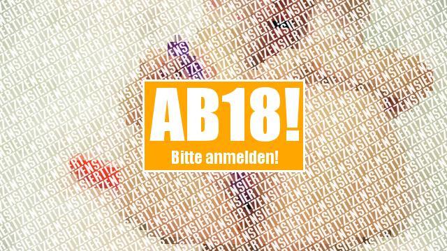30cm Analkette im Arsch :)