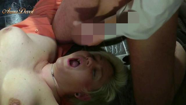 Annadevot - Artig auf sein Sperma gewartet