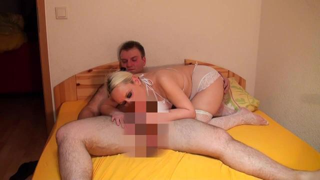 Schwanz entsaftet und geile Spermaspiele