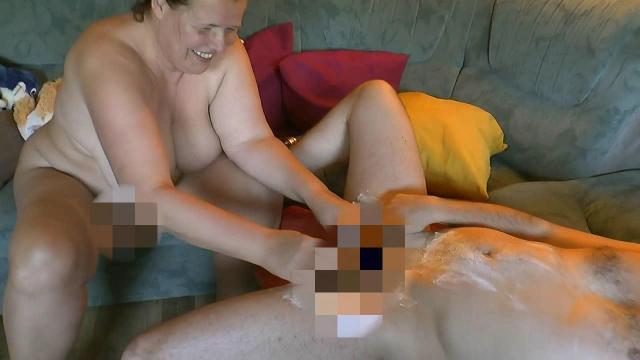 User den Schwanz rasiert