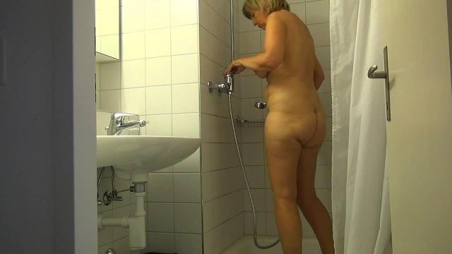 Die versteckte Kamera im Bad