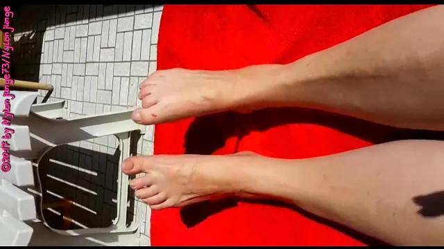 Nackte Füße einer MILF ** Barefoot **