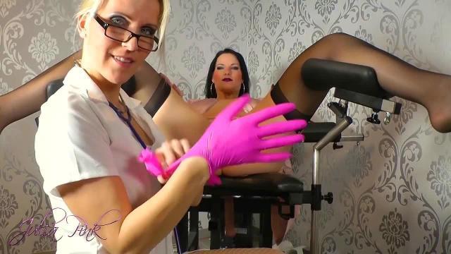 Pisslochuntersuchung von Frau Doc Pink :-)