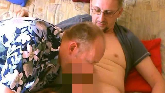 Kumpel zum Bisex verführt 1