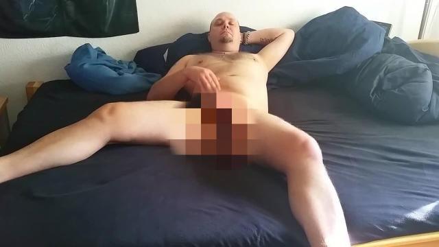 Pipi und Spritzen im Bett