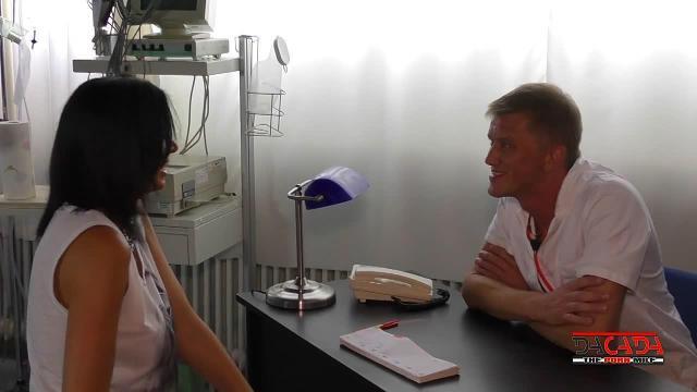 Besuch beim neuen Frauenarzt