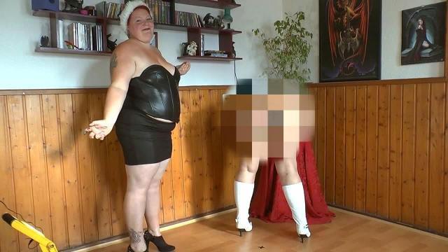Weihnachtsvideo 14 -Freundin duscht mit meinem Mann