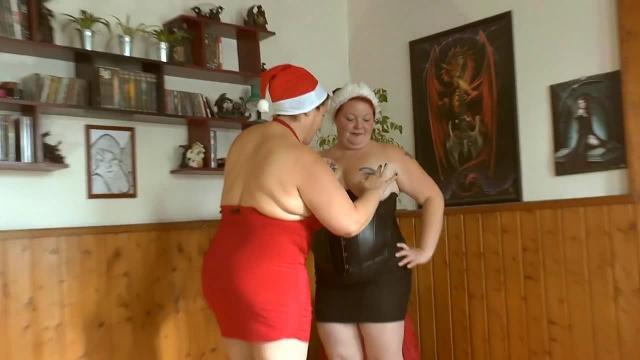 Weihnachtsvideo 22 -mit geilem Mann unter der Dusche 2