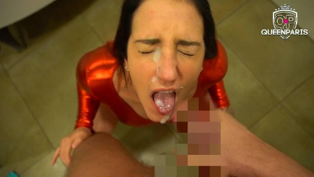 Multipler Doppel Cumshot! Latex-Bitch gierig nach Sackrotze!!!