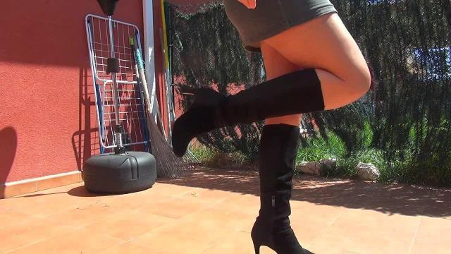 Stiefel und Nylons