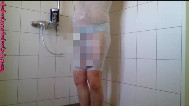 Geiles Duschen in Nachtwäsche ** DWT Fun **