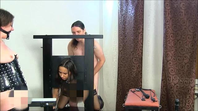 Trilogie: 2 Sklavinnen bei ihrem Herrn, Teil 1