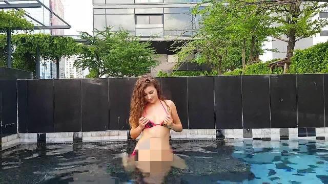 Ich habe es echt gemacht und das in öffentlichen schwimmbad...
