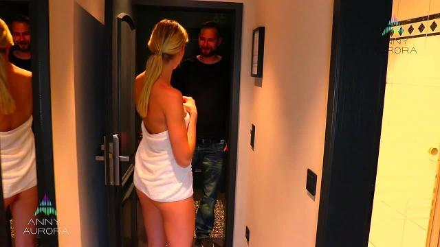 Falsches Zimmer? Komm rein und fick mich! | Anny Aurora