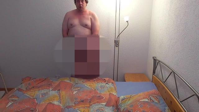 Im Schlafzimmer ordentlich durchgewichst