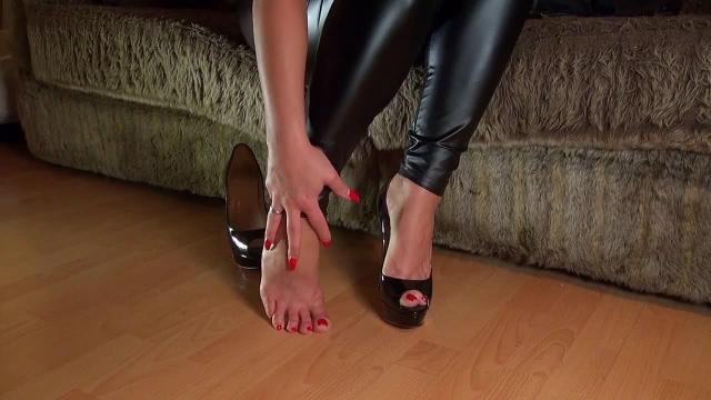 Feet Worship (POV)