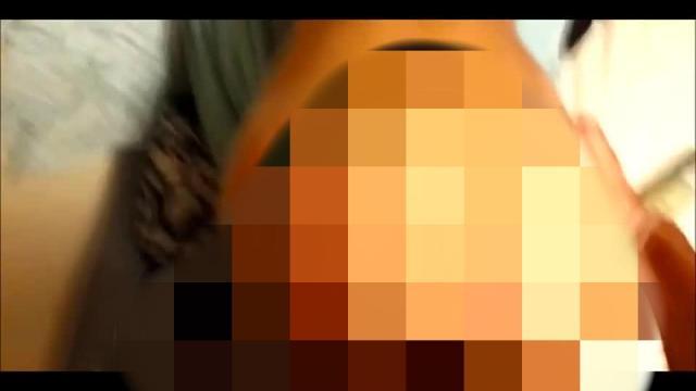 Von XXL Schwanz blank in den Arsch gefickt