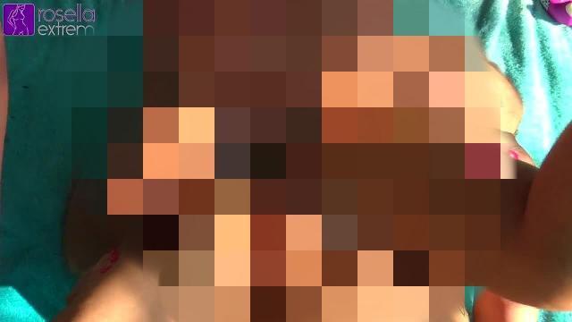 Jung-Schwanz fickte mich öffentlich am Badesee! Teil 2