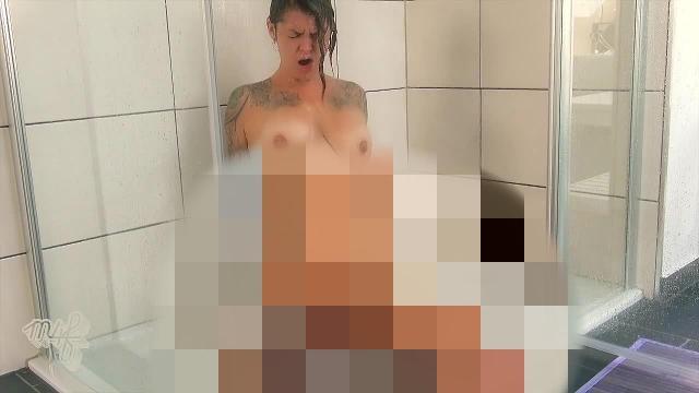 Dieser Schwanz zerstörte mich beim Duschen!