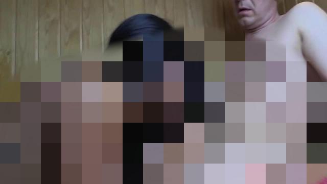 Cheyenne treibt heisse Spermaspiele in der Sauna - Teil 2 von 2