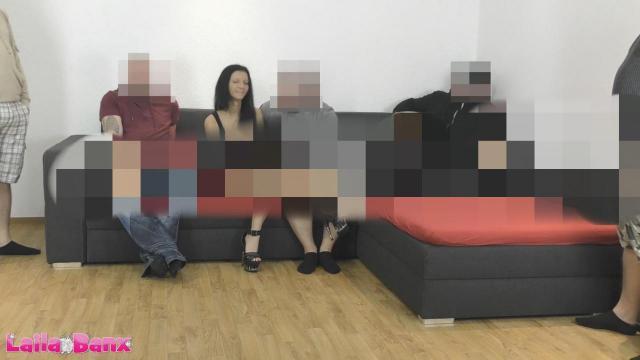 WhatsApp Teeny GangBang! 5 harte Schwänze & Sperma satt!
