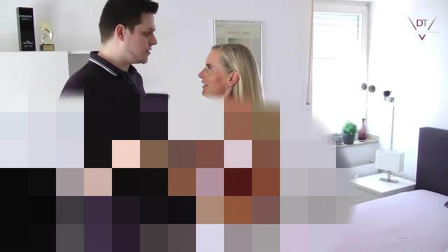 Selfie oder Sex? Gummi weg! Ich will dich blank!
