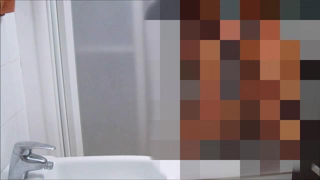 Versaut und verdorben in der Dusche