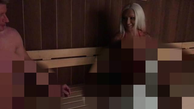 Mein 1.Sauna-Besuch! Öffentlich gefickt!!