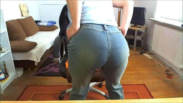 Mein heisser Arsch in Jeans!
