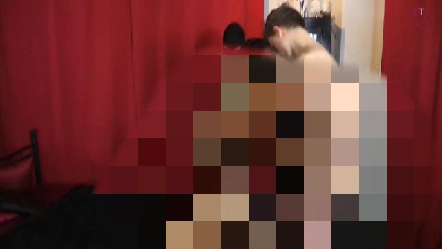 Private Film – und Sexparty I 2 Fotzen für 3 Schwänze