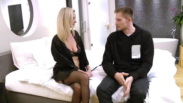 Tina  - Der Dating Coach